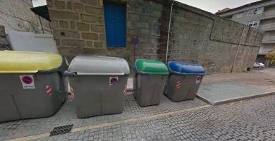 El bebé hallado en un contenedor en Ourense sigue bien e irá con una familia de acogida cuando le den de alta