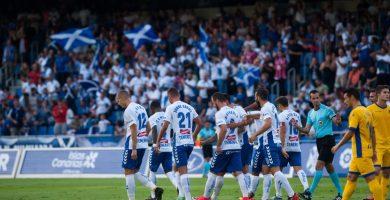 El equipo de Martí recobró su poderío ofensivo y ofreció un festival de goles a sus aficionados. Fran Pallero