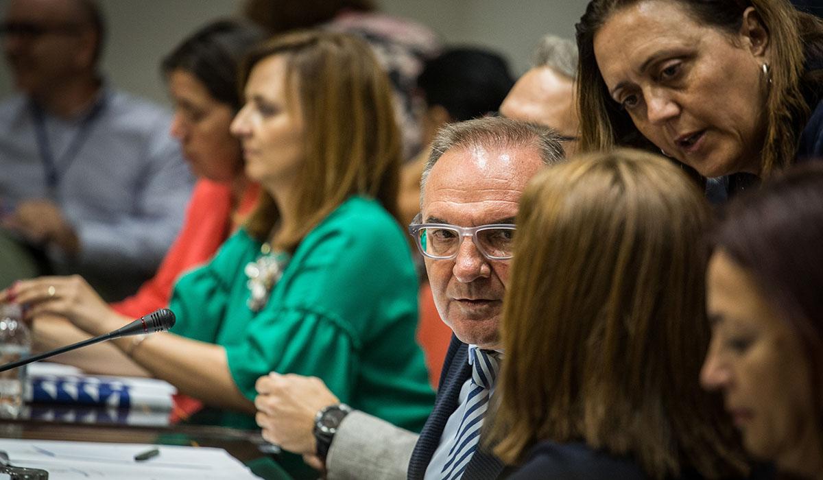 Comparecencia de Nieves Lady Barreto y José Manuel Baltar. Andrés Gutiérrez