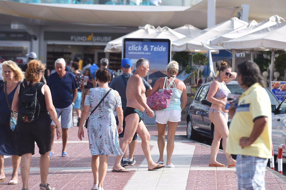 En el último año las cifras del desempleo se han reducido en el Sur, donde el turismo sigue batiendo récords de ocupación. Sergio Méndez