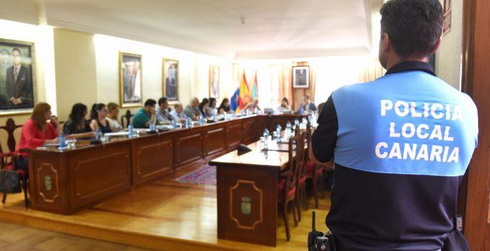Unánime apoyo político para 'organizar' el empleo de los trabajadores municipales de Arona