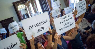 Fijan el pleno sobre Zebenzuí a las 9 de la mañana de un sábado para evitar las protestas