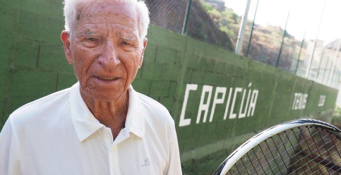 El entrenador más viejo del mundo