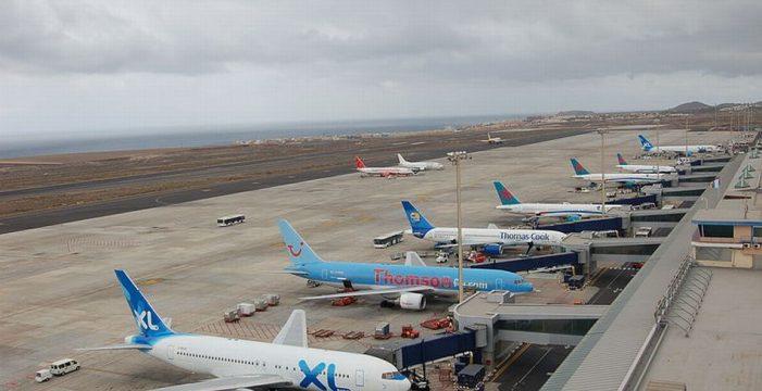 Los aeropuertos canarios baten récord en 2017 con más de 44 millones de pasajeros