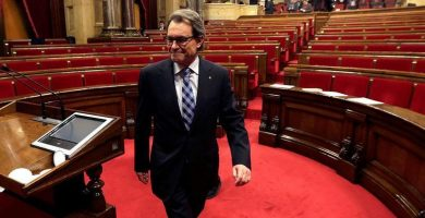 """Mas a Rajoy: """"Si lo que pretenden es una rendición humillante, no la tendrán"""""""