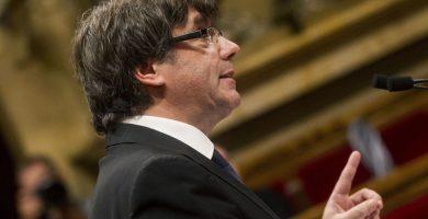 La confusa 'independencia' de Puigdemont prolonga la incertidumbre en Cataluña