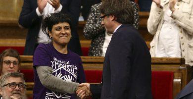 La diputada de la CUP Anna Gabriel y el presidente de Cataluña Carles Puigdemont