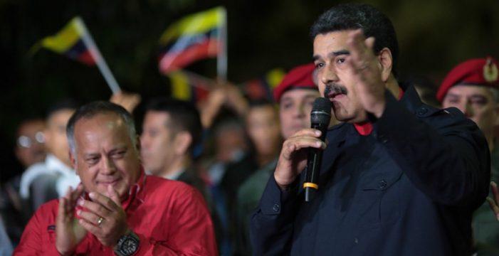 El chavismo se impone en 17 gobernaciones; la oposición no reconoce los resultados