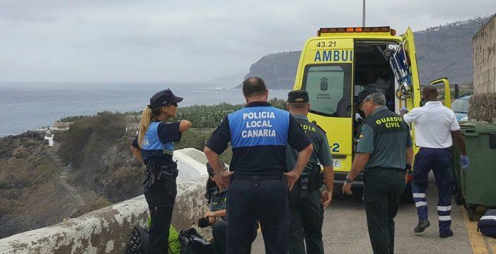 Dos personas fallecen ahogadas en la Playa del Bollullo de La Orotava