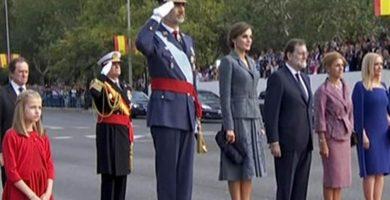 Gran ovación a Felipe VI a su llegada al desfile de la Fiesta Nacional