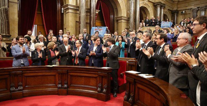 Así declaró el Parlament la independencia de Cataluña