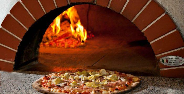 El horno de leña gana protagonismo en La Noria gracias a Stromboli