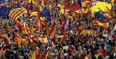 La marcha de CaixaBank y Sabadell devuelve al separatismo a la realidad