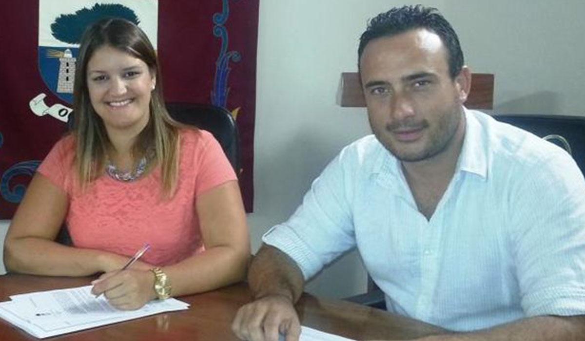 Armas y Acosta, en el Ayuntamiento de La Frontera. DA