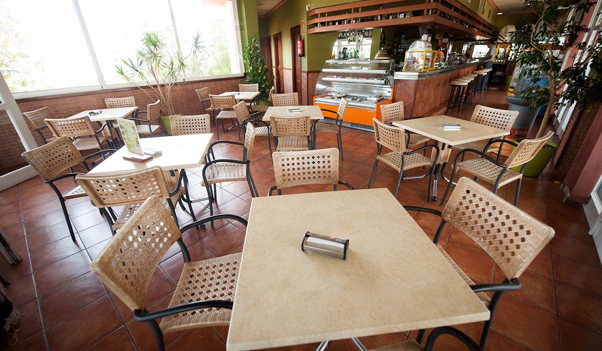 El establecimiento es el único de la zona que ofrece a sus clientes un menú del día de lunes a viernes, además de gran variedad de tapas. Fran Pallero