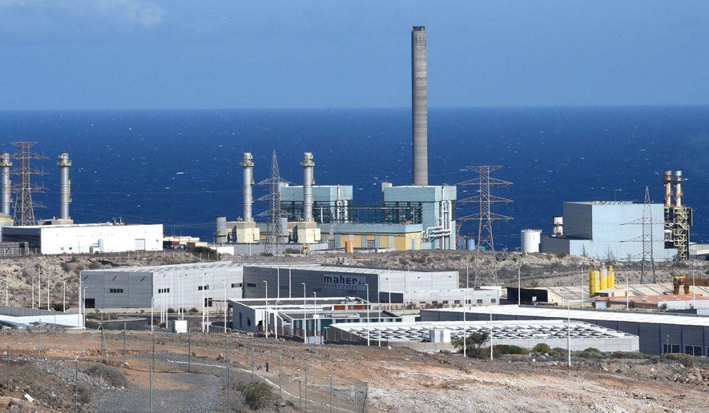 La CNMC hizo público un informe en el que cuestiona la viabilidad del proyecto de construcción de la regasificadora en el puerto de Granadilla. S. M.