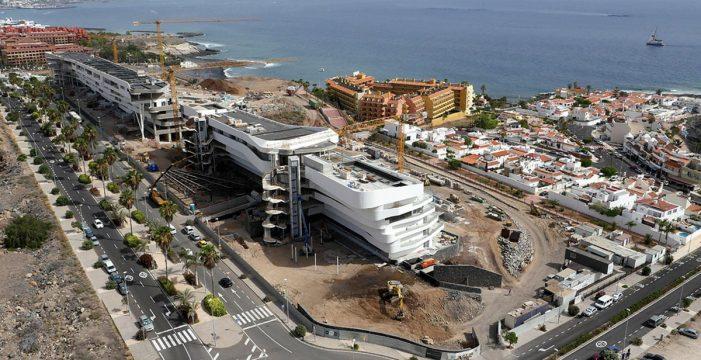Adeje, el destino turístico con más rentabilidad hotelera de España