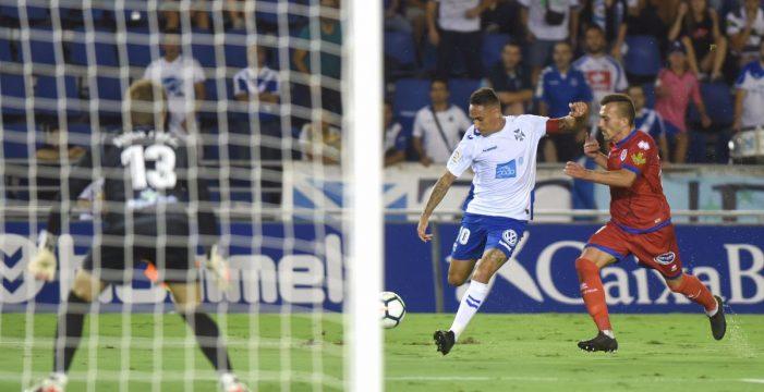 El Tenerife pone a prueba al líder