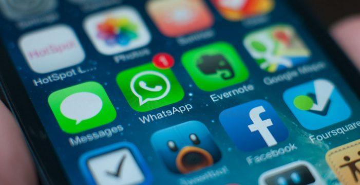 Bruselas explora medidas para frenar el tráfico de noticias falsas