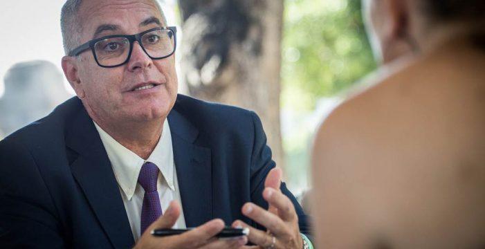 """""""Me he sentido presionado; en Tenerife se tiene miedo a hablar"""""""