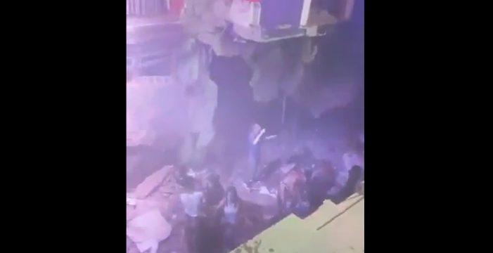 Graban el momento del hundimiento del suelo en la discoteca de Adeje