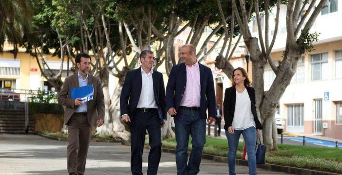 Clavijo y Alonso visitan el municipio que 'envenenó' el pacto con el PSOE