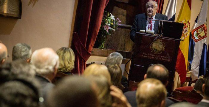 El director de la Económica apuesta por la utilidad de la entidad en la sociedad actual