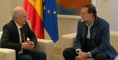 """Rajoy reitera """"el compromiso de España con la democracia en Venezuela"""""""