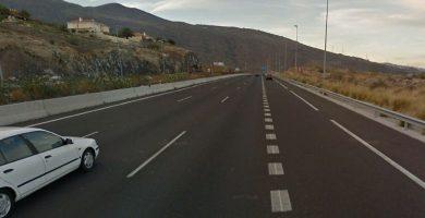 Autopista del sur (TF-1), a su paso por el municipio de Candelaria (Tenerife). Google Earth