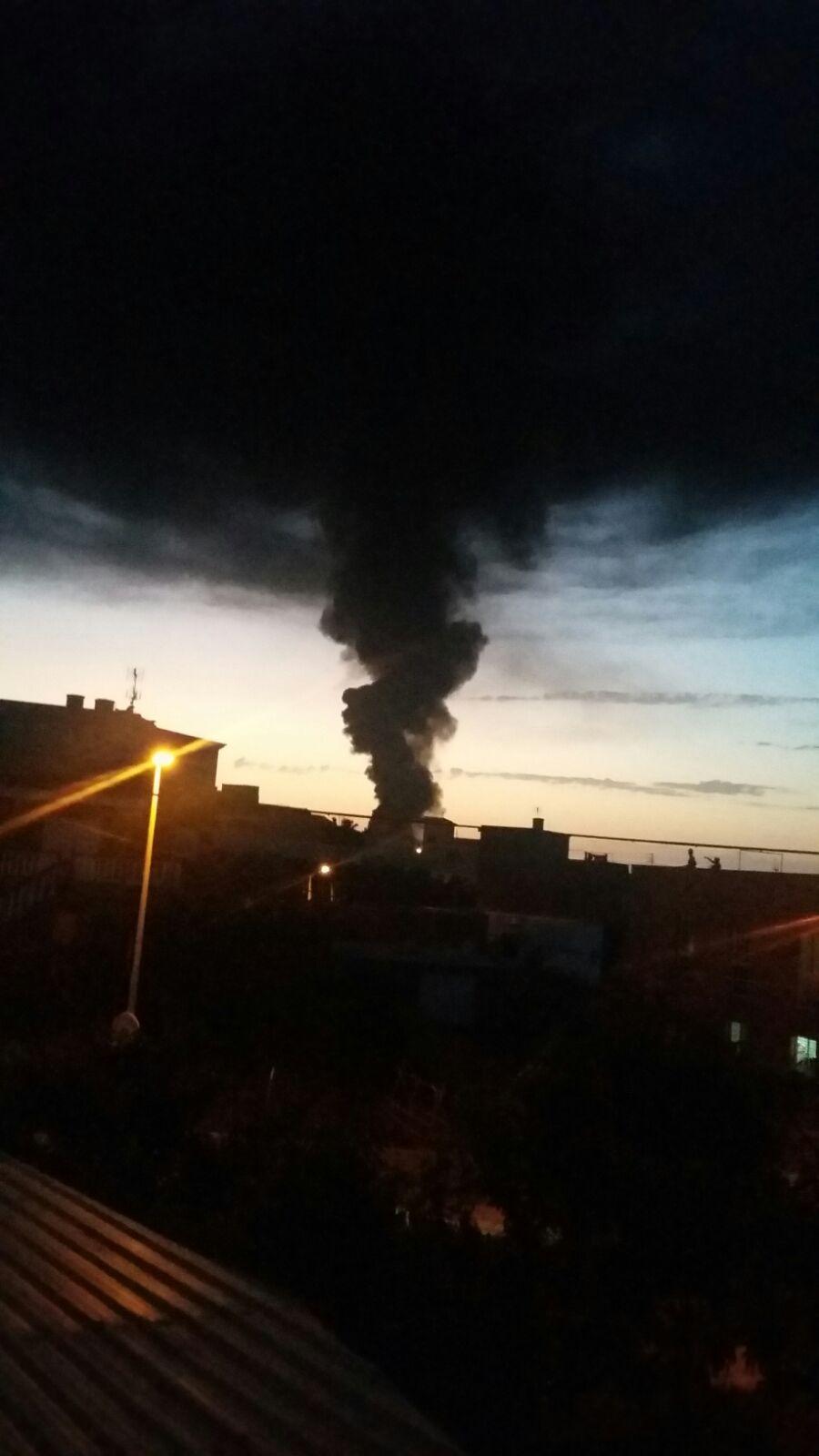 Incendio en una nave industrial en Tagoro (Tacoronte)