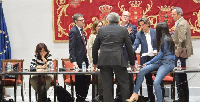Zamora y Cantero, críticas con Negrín, pero sin apoyo de PP, Podemos y NC