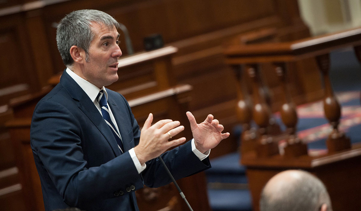 Resultado de imagen de clavijo parlamento