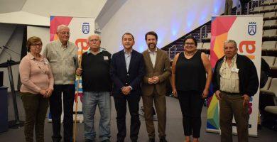 El Cabildo de Tenerife fomenta el debate y la participación con los mayores