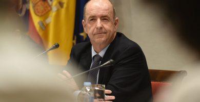 El consejero de Economía, Industria, Comercio y Conocimiento, Pedro Ortega, en la comisión parlamentaria. Sergio Méndez