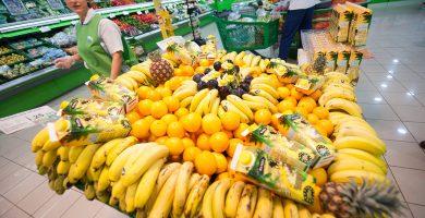 Ya se puede adquirir en los supermercados Alteza y Tu Trébol este producto canario que pretende luchar contra las multinacionales del sector. Fran Pallero