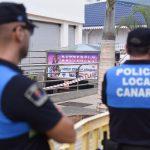 Una vez evacuados los heridos y acordonada la zona, se mantuvo todo el día un retén de la Policía Local en el lugar. Sergio Méndez