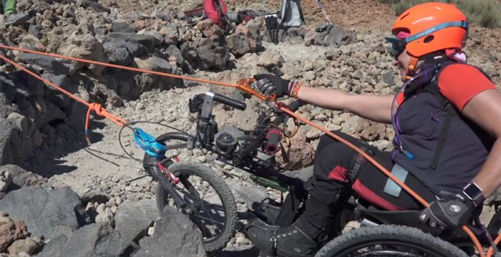 Así está siendo el increíble ascenso de Gema Hassen-Bey a la cima del Teide