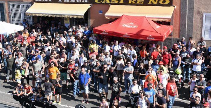 El Bar Tasca Casi ke No, en Las Mantecas, vibra con la gran fiesta del motor