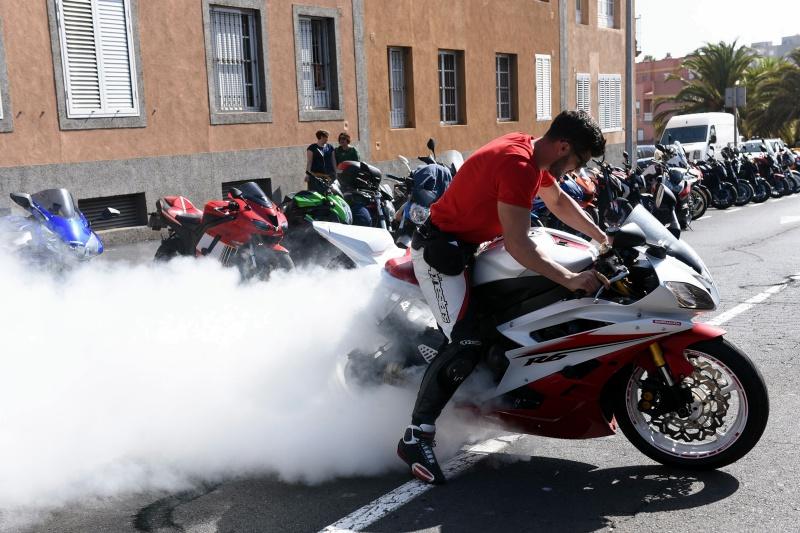 sm final motos 09.jpg