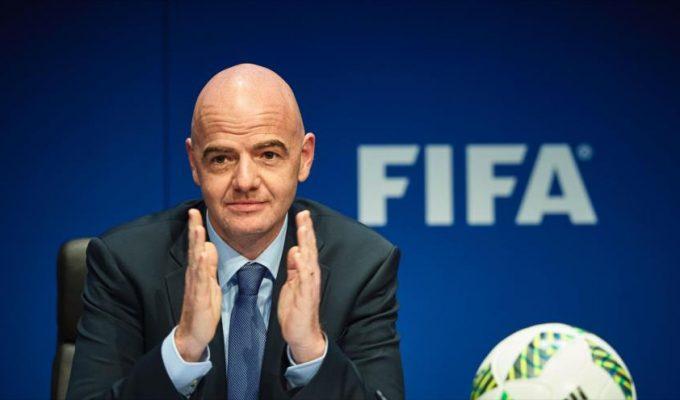 """FIFA y UEFA han mostrado su """"enorme preocupación"""" por la situación de la RFEF y viajarán a España para informarse"""