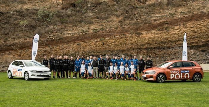 Los jugadores del CD Tenerife conocen el nuevo Volkswagen Polo