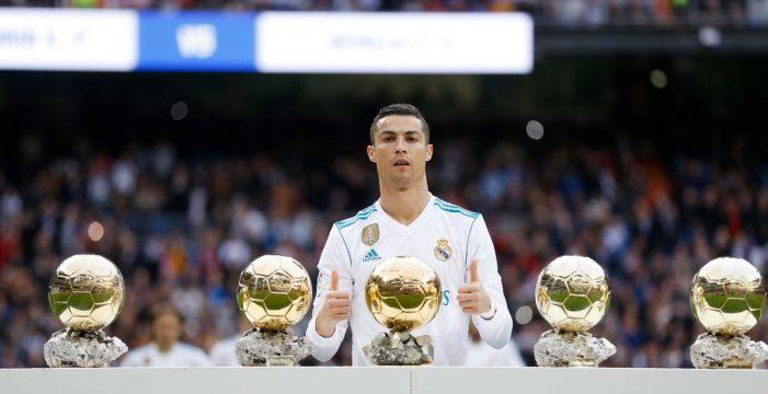 Cristiano Ronaldo celebra su quinto Balón de Oro con un doblete al Sevilla