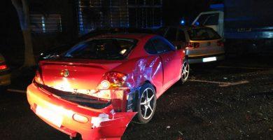 Una conductora borracha y drogada destroza 8 coches