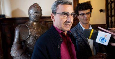 Abreu y Rodríguez entregarán sus actas de concejal si el PSOE impulsa la moción de censura