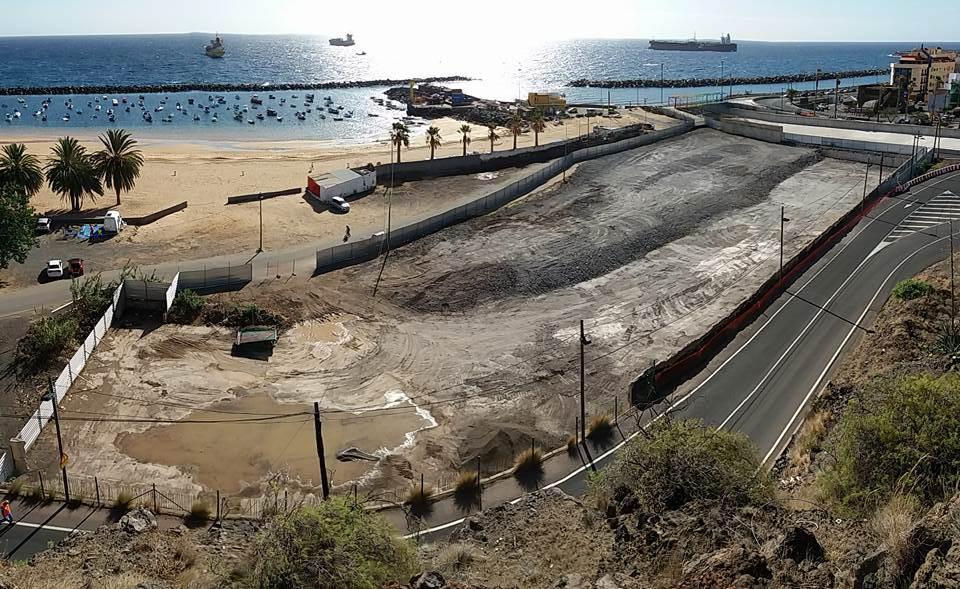 Santa Cruz pide medidas cautelares para reparar el daño en las arcas públicas por el caso Las Teresitas. / DA