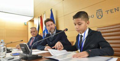El niño Pablo Vargas ejerció de presidente insular por un día. DA