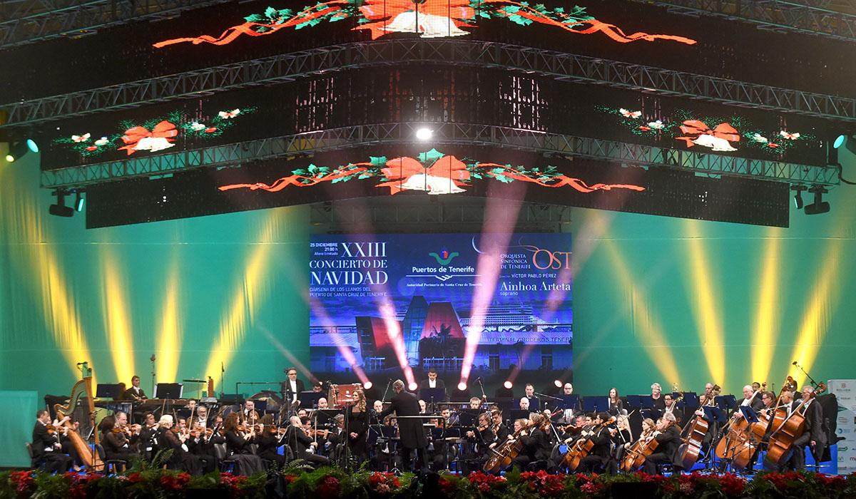 Concierto de Navidad de la OST en el puerto de Santa Cruz. S. M.