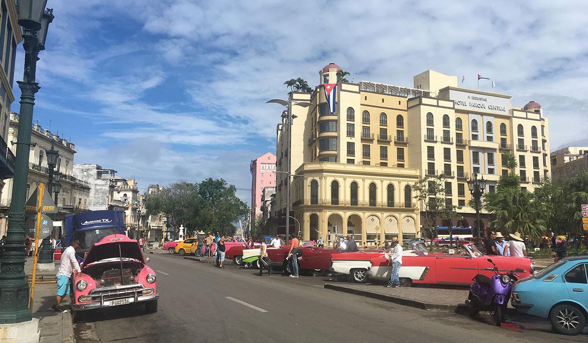 La cuba que viene sin fidel ni ra l for Cuba motors el paso