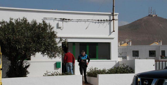 Una mujer muere y dos varones resultan heridos tras ceder el suelo de una vivienda de Lanzarote