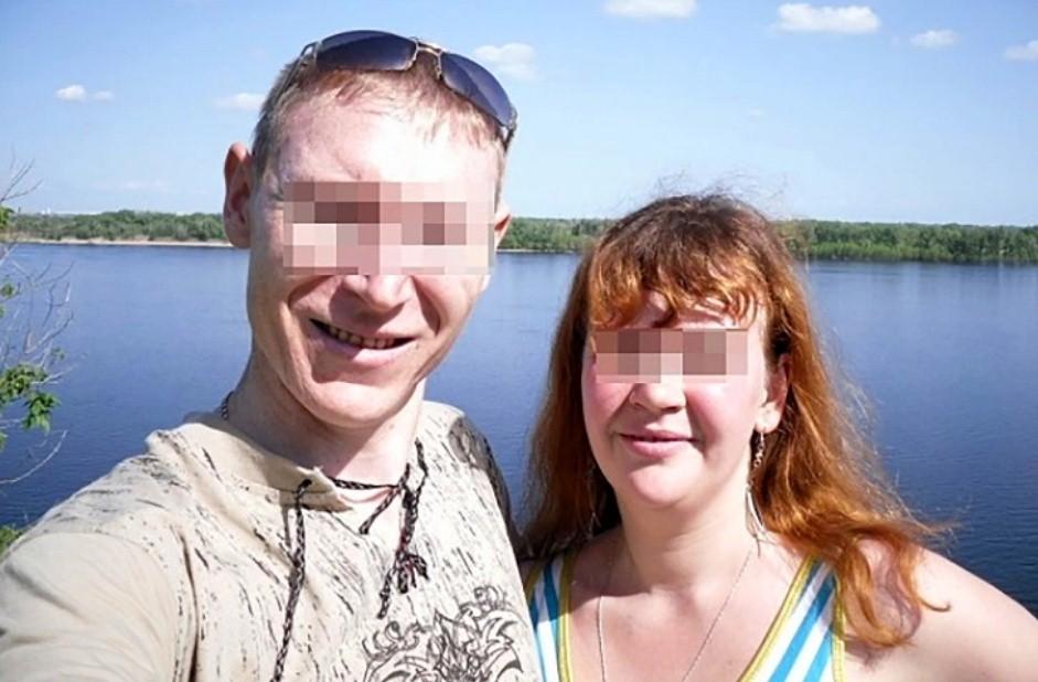 La pareja acusada de violar a su propia hija. / East2West News